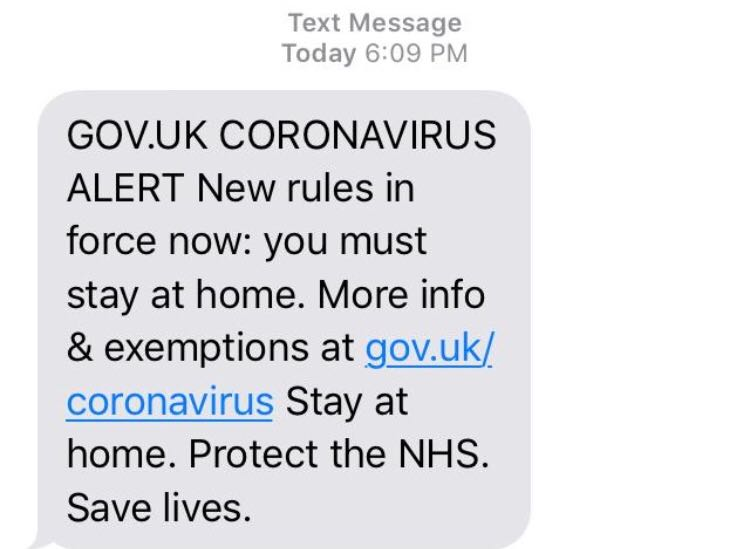 Countries are sending texts to warn about Covid. Should President Trump do the same?